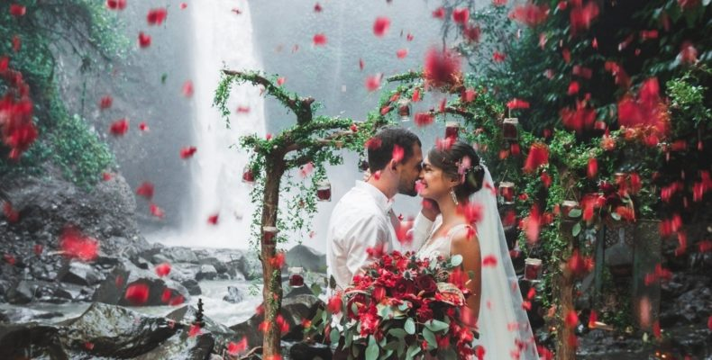 свадьба у водопада бали 2