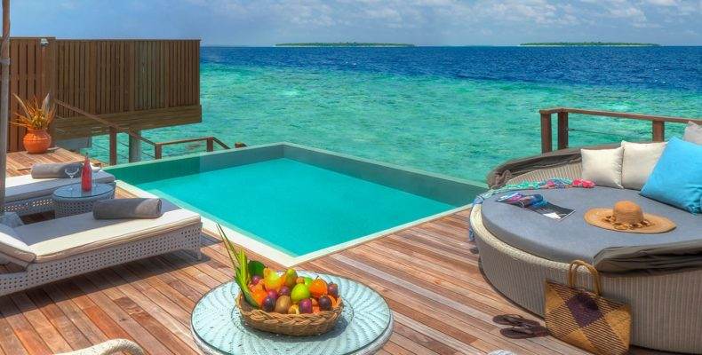 Dusit Thani Maldives wedding 9