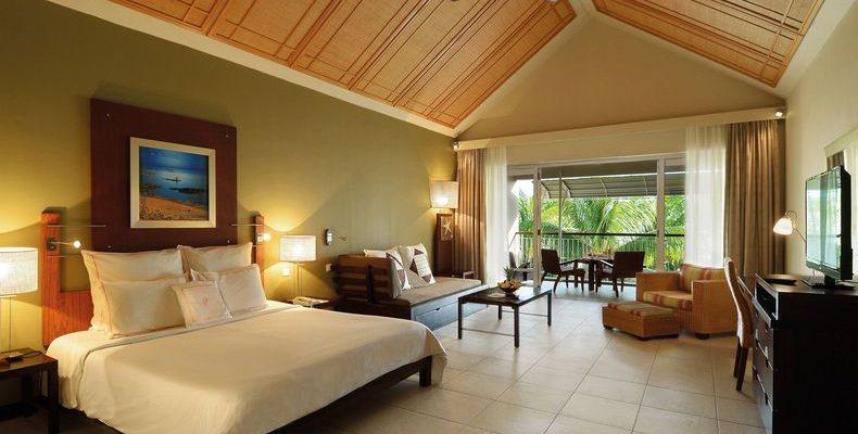 Victoria Beachcomber Resort 2