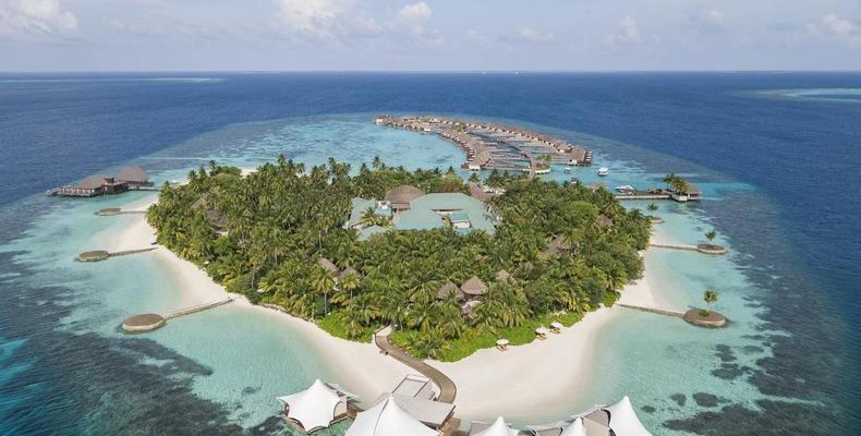 W Maldives 3