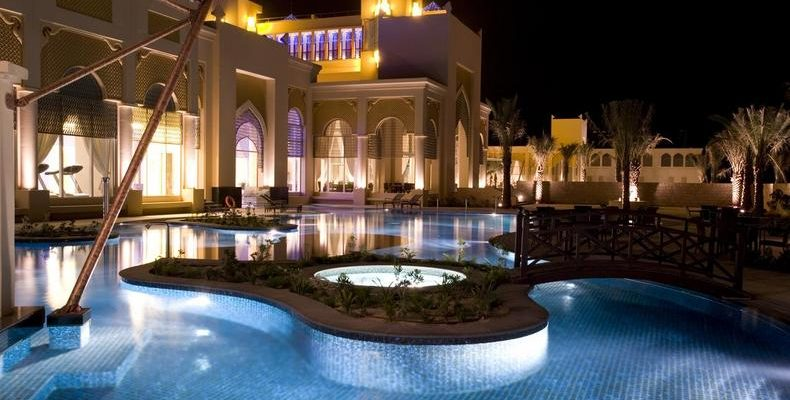 Al Areen Palace & Spa 1