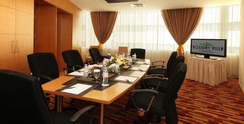 Holiday Villa Doha 4