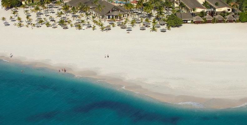 Manchebo Beach Resort & Spa 2