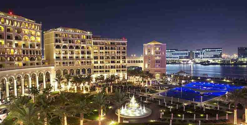The Ritz-Carlton Abu Dhabi 3