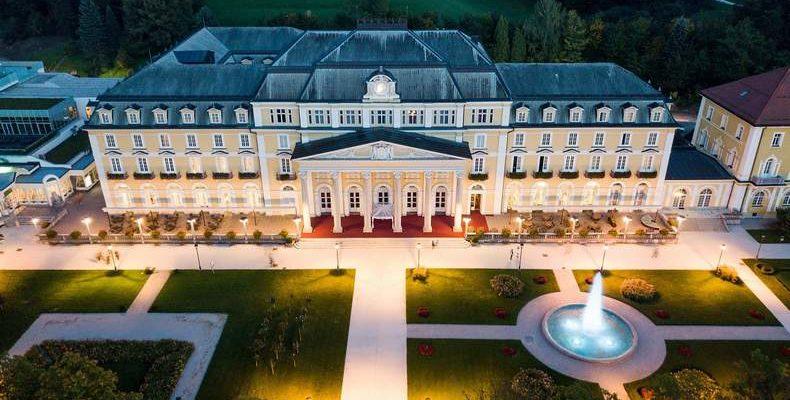 Grand Hotel Rogashka 3